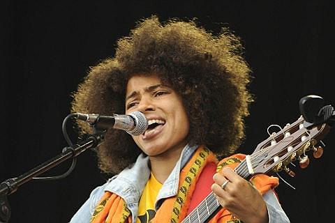 Nneka Tickets