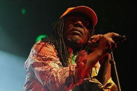 Place Alpha Blondy