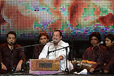 Ustad Rahat Fateh Ali Khan Liput