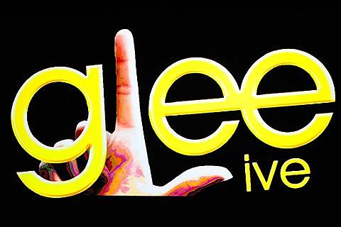 Place Glee Live!