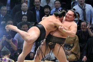 Sumo Wrestling in Japan – September Tournament